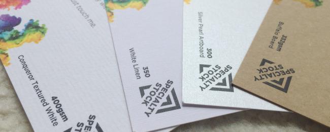 名刺・カードの紙の種類